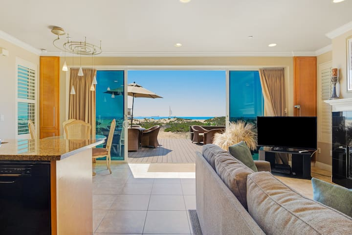 Modern, dog-friendly home at the beach w/ a full kitchen, patio, & amazing views