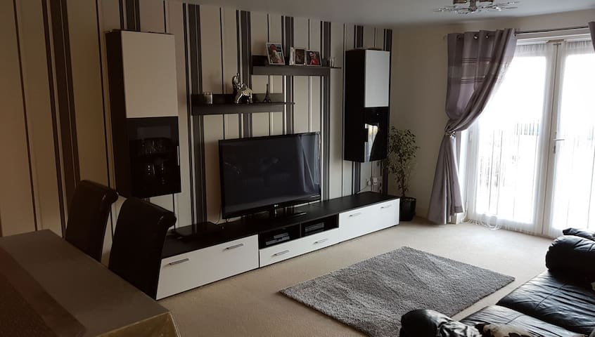 Two bedroom flat in selsey