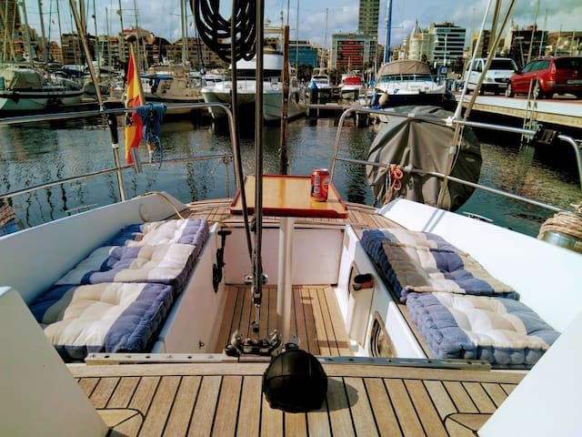 Welcome aboard a nice and cozy sailing yacht!