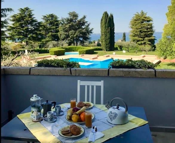 """Residence vista lago """"Il casetto"""" a Bardolino"""