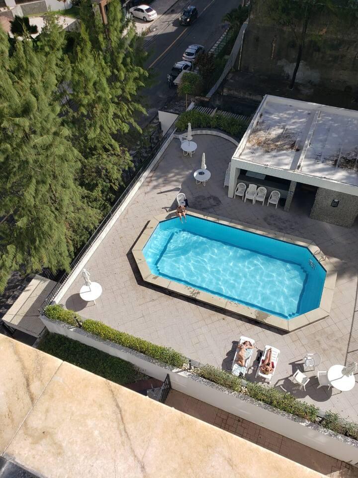 Pituba apartamento com vista mar e piscina!
