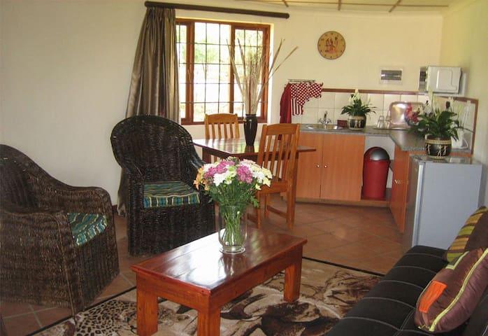 Impangele Lodge Cottage Nº4 - Krugersdorp - Alpstuga