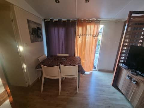 Mobyl home 3 chambre, climatisé, tout équipe.