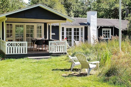 Maison de vacances luxueuse à Jerup avec barbecue