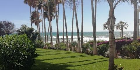 Pis sencer. Mijas Calahonda 1a línia de platja.