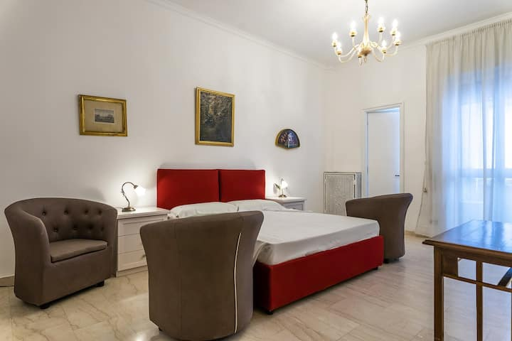 Lecce center★wifi workstation★Salento★holiday home