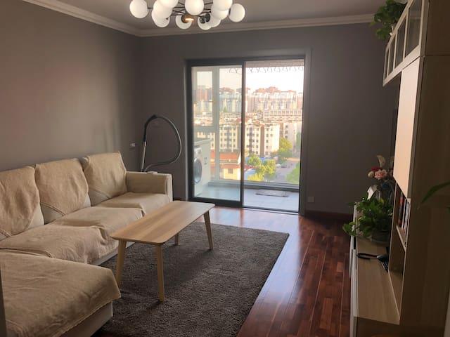 新北区中心商区 近恐龙园Xinbei center small cozy apartment