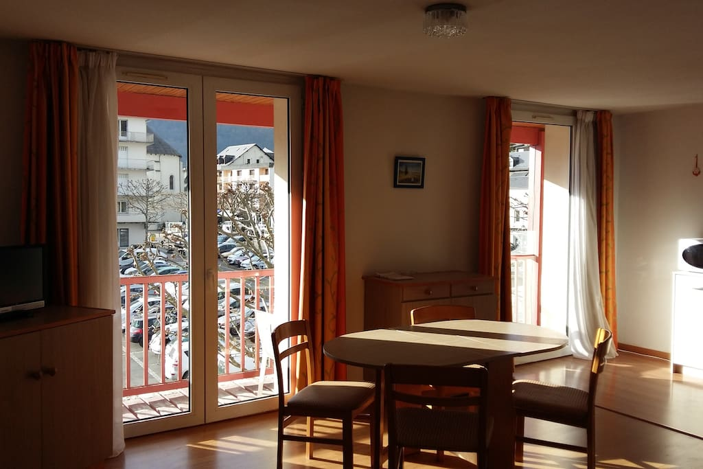 Cabaliros appart 39 h tels louer argel s gazost for Appart hotel 78