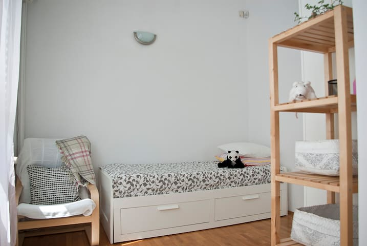 bedroom with pullout bed