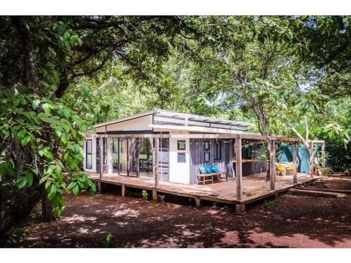 Eco-Friendly Oasis  out of the hustle and bustle