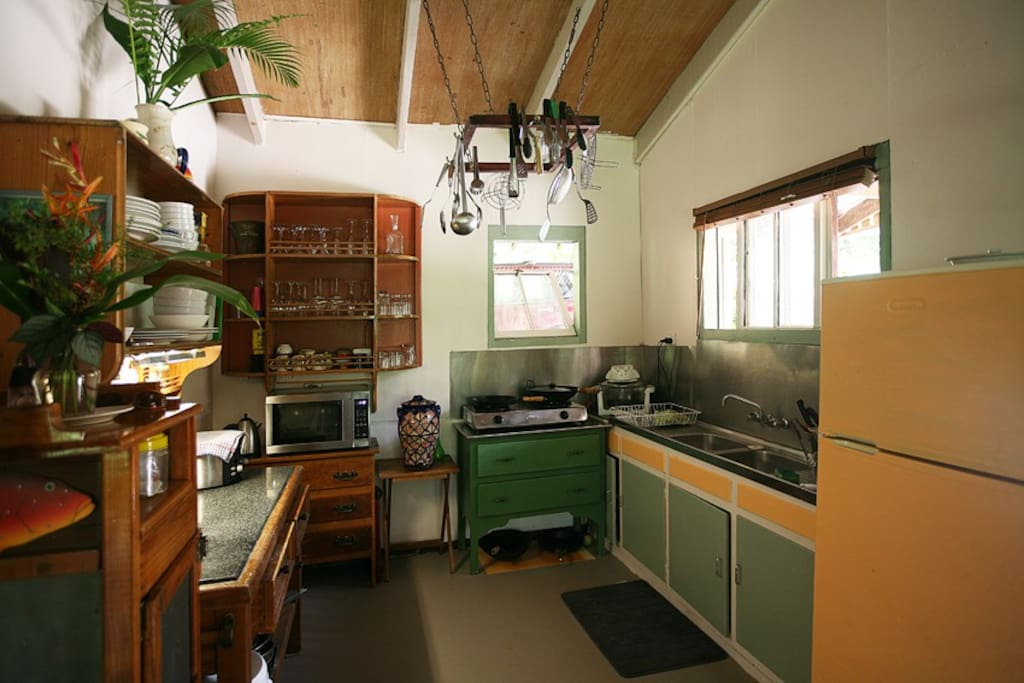 Fully equipped kitchen for self-catering or outdoor BBQ available