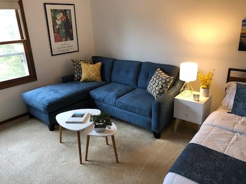 Large luxury en-suite room, private bathroom