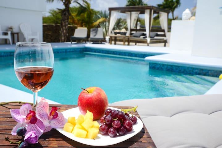 B&B Hakuna Matata  - Pool & Sea view- Just relax!