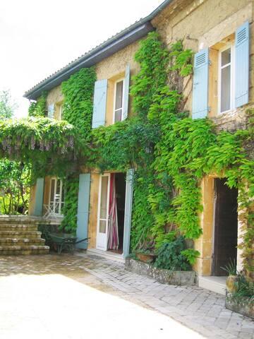 Brantôme en Périgord, Maison d'Exception de Charme