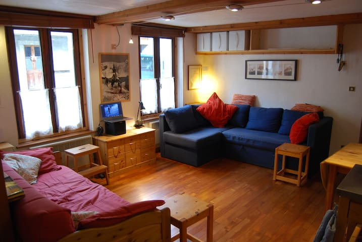 Apartment with one bedroom, Le Tour