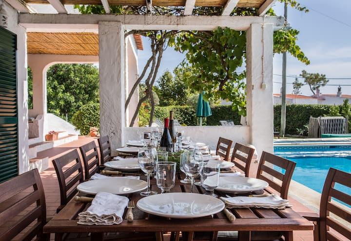 Casa do alto - villa sleeping 10 with private pool