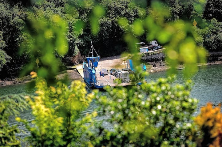 King Harry Glamping  - River Views - Truro - Chalet