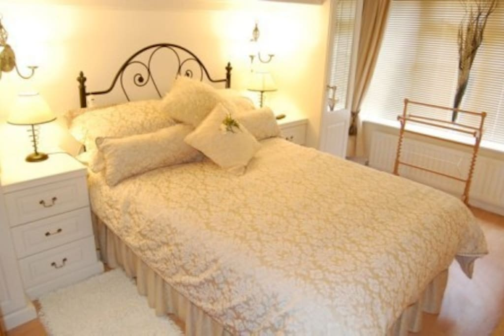 double bedroom with fitted wardrobes drawers chests all bedlinen provided