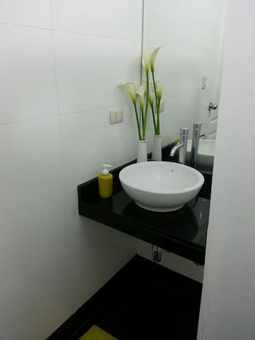 Baño compartido con otro huesped