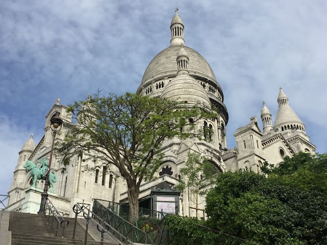 New lovely Appartment just in Sacré-coeur!!