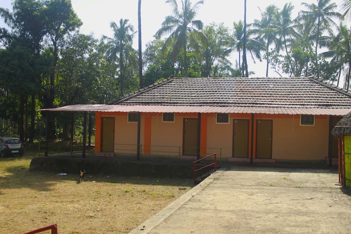 Anand farm stay for Groups.