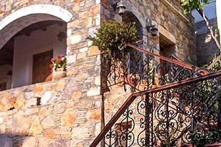 Samaria Suites N1 - Hora Sfakion