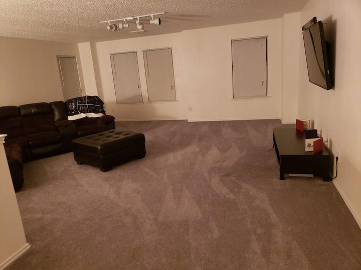 Stylish Private Rooms Near Cowboys stadium