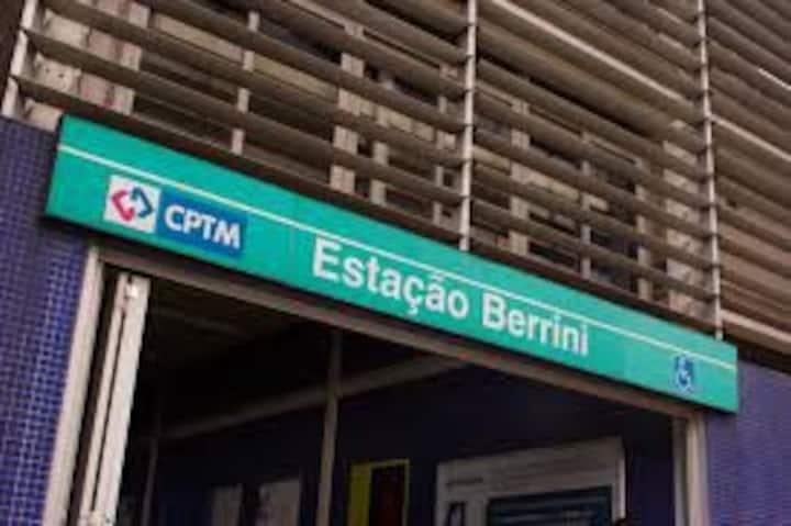 Overlays near CPTM Station Berrini
