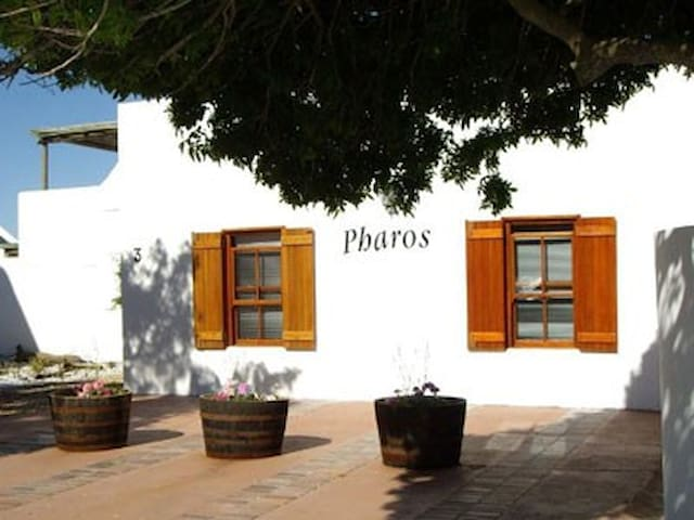 Pharos Self-Catering - Paternoster - Hus