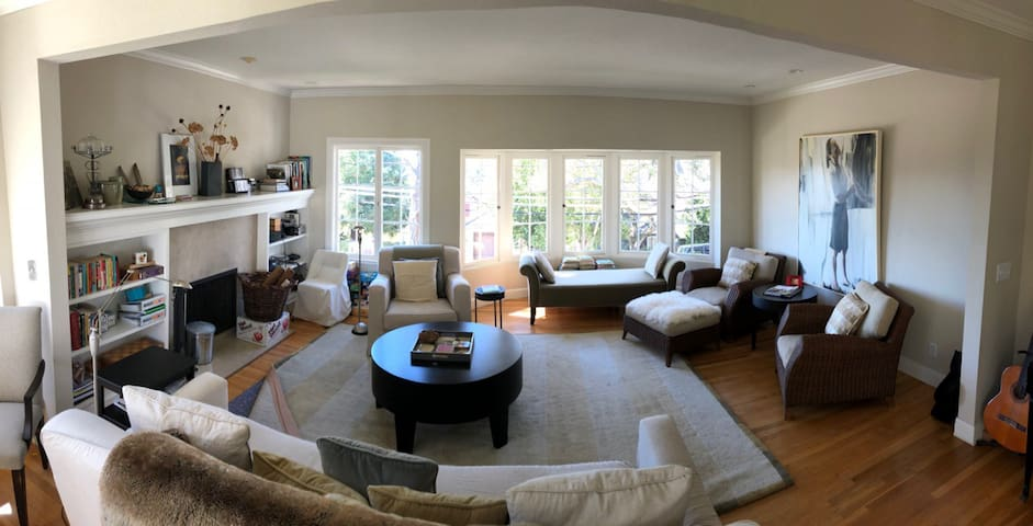 Sunny Home in the Heart of Carmel-by-the-Sea