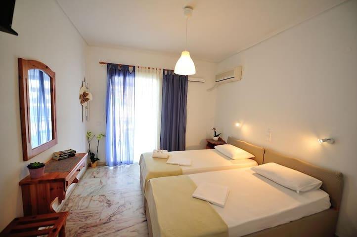 Filoxenia hotel -  A relaxing double room