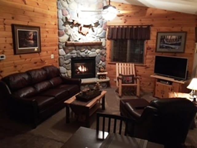 "A comfortable ""northwoods"" experience!"