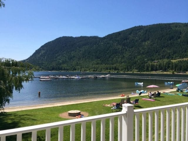 Waterfront Condo on Mara Lake - Sicamous - Feriehjem