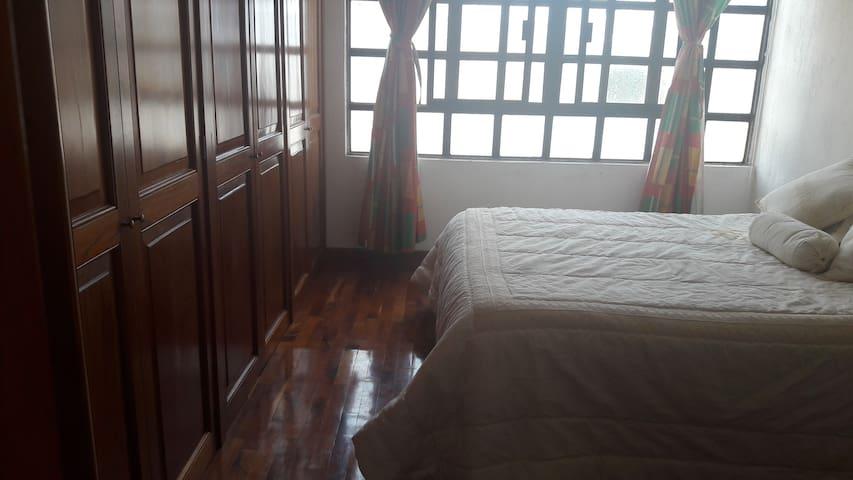 habitación en hermosa casa - Irapuato - Casa