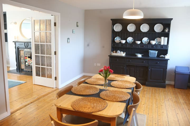 Beautiful Apartment on Main Street Kilkee