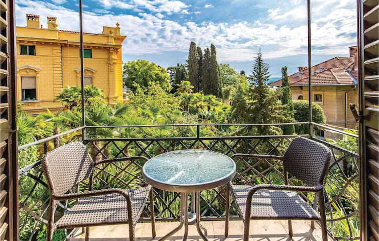 Holiday apartment with 1 bedroom on 51m² in Opatija