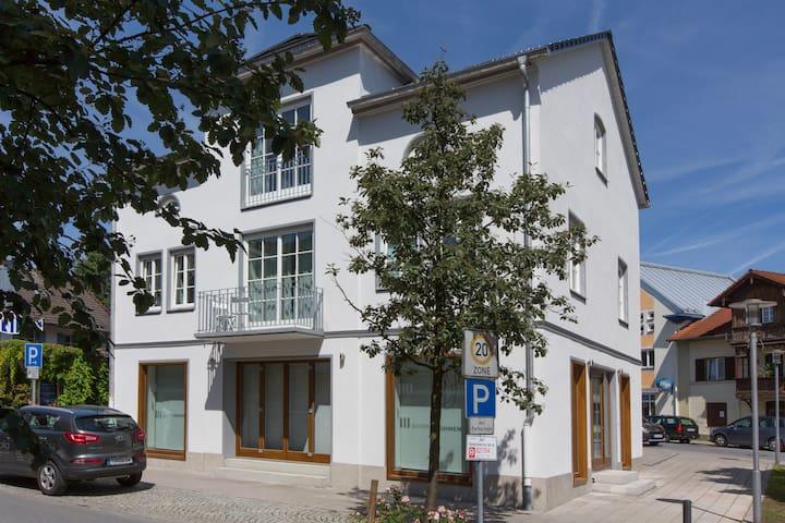 Moderne Stadtwohnung im Herzen Bad Aiblings