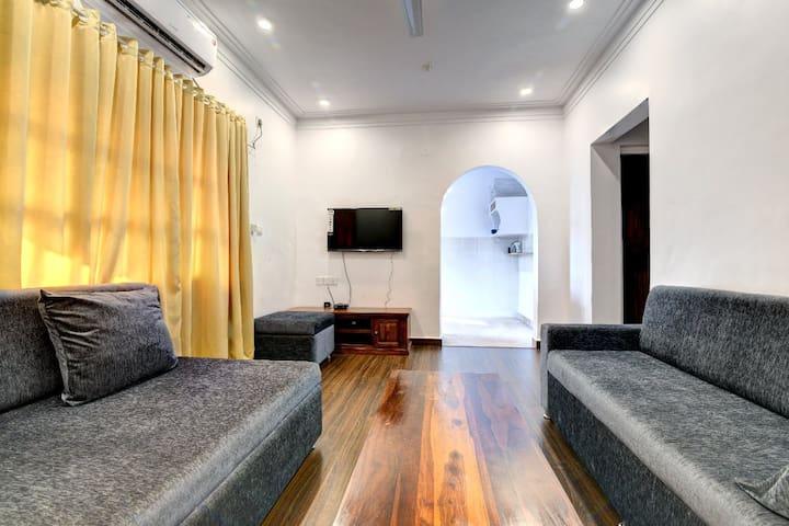 Central & Comfy home in candolim,Goa