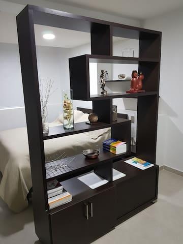 Moderno Aparta-Suite 504 en Versalles Tipo Loft
