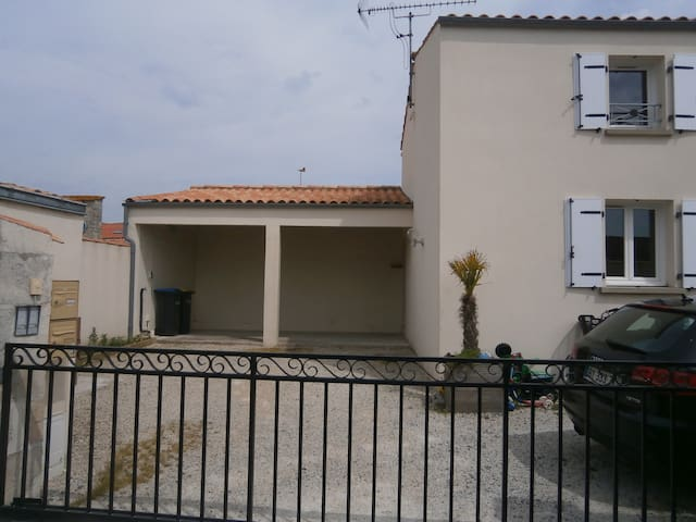 Petite Villa Isabella ( 1 )