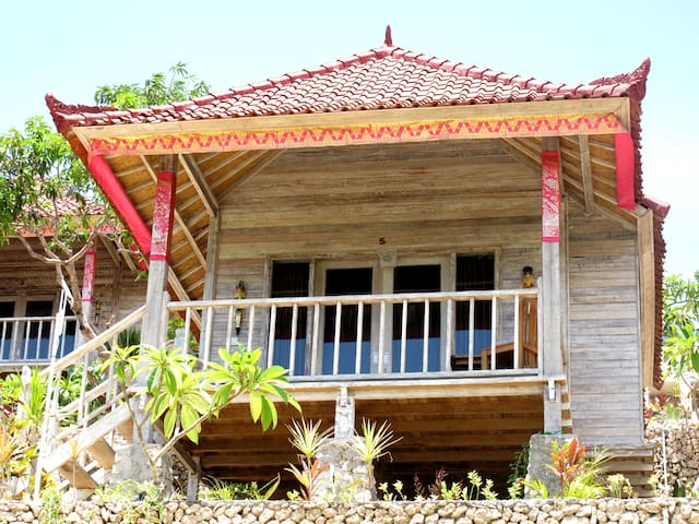 #Wooden Comfortable Room Seaview On Hill#