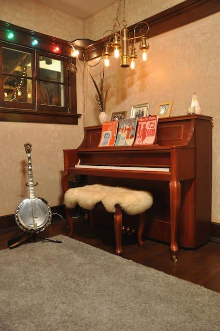 Music/Living Room.