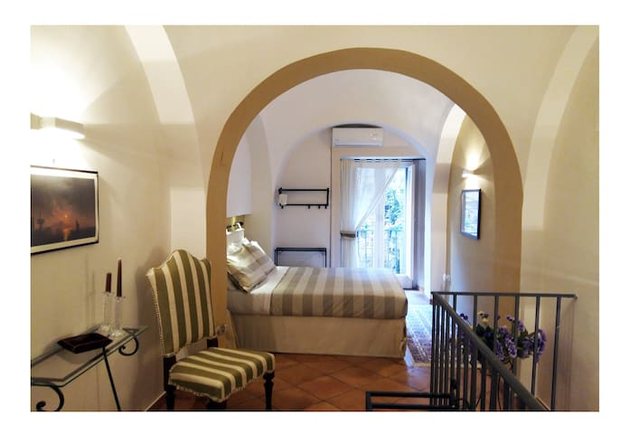 NEAPOLIS Cozy Apartment two floors HISTORIC CENTER - Napoli