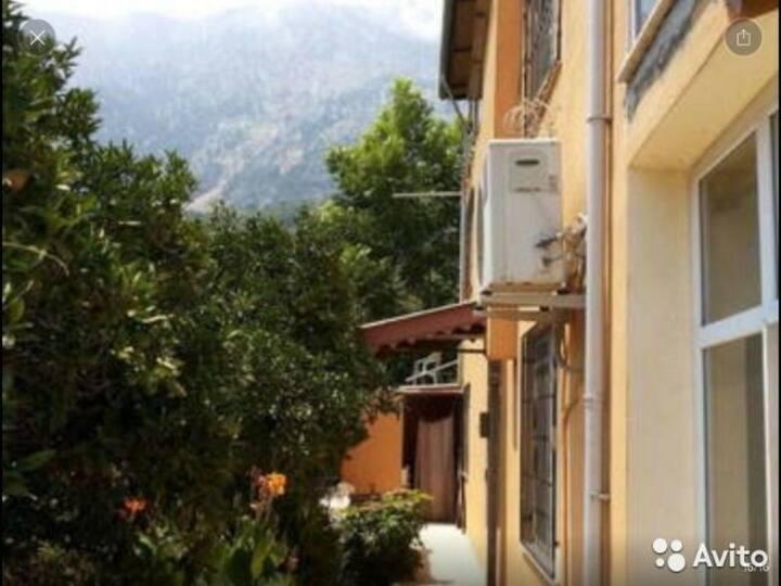 Квартира целиком. 1+1+Балкон. Beldibi/Kemer.