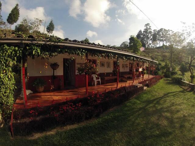 Relax - Finca Life near Medellin