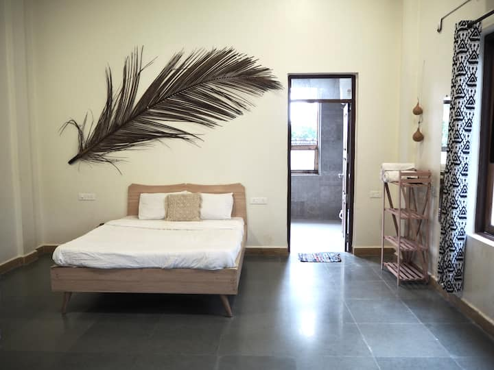 Peaceful room in our beautiful Anjuna villa 2