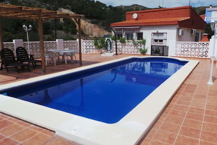 """Villa """"La Renega""""- 10 PAX - 15' d'Oropesa del Mar."""