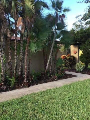Great Spanish Style Villa near Gulf Shores Beaches - Seminole
