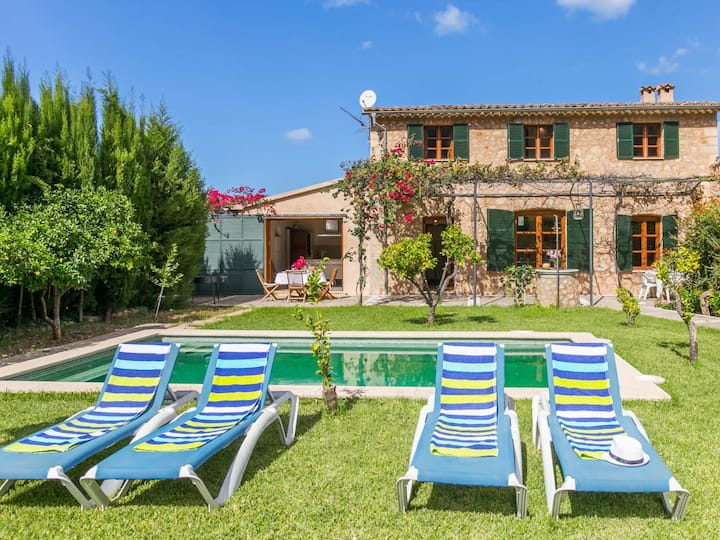 Beautiful Mallorcan Villa with pool in Soller