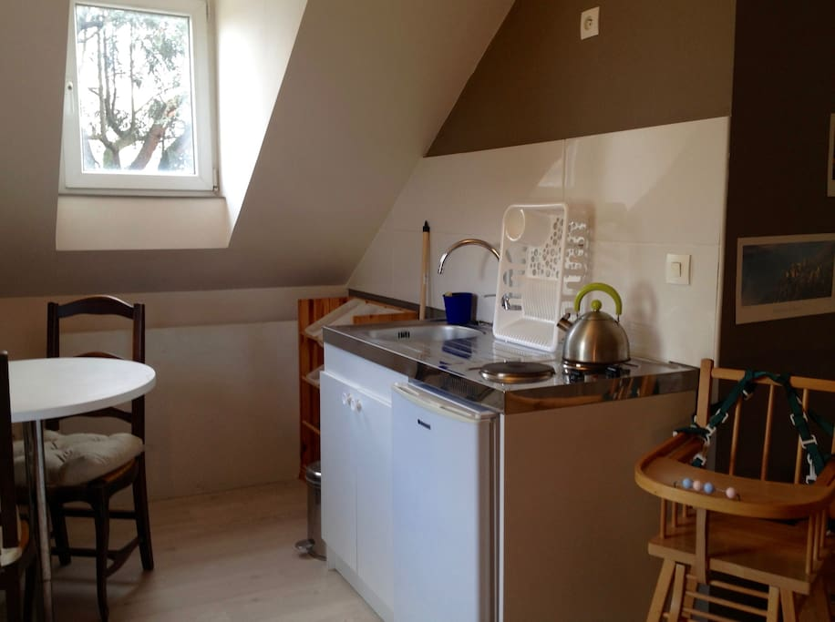 2 chambres 1 cuisine 1 salle de bain au neudorf h user. Black Bedroom Furniture Sets. Home Design Ideas